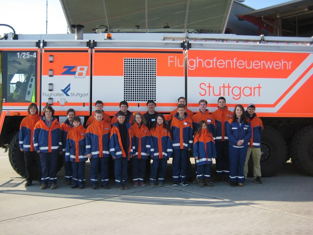 Besuch der Flughafenfeuerwehr Stuttgart
