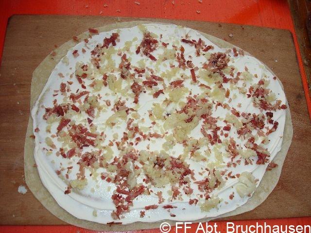 Traditionelles Flammkuchenessen